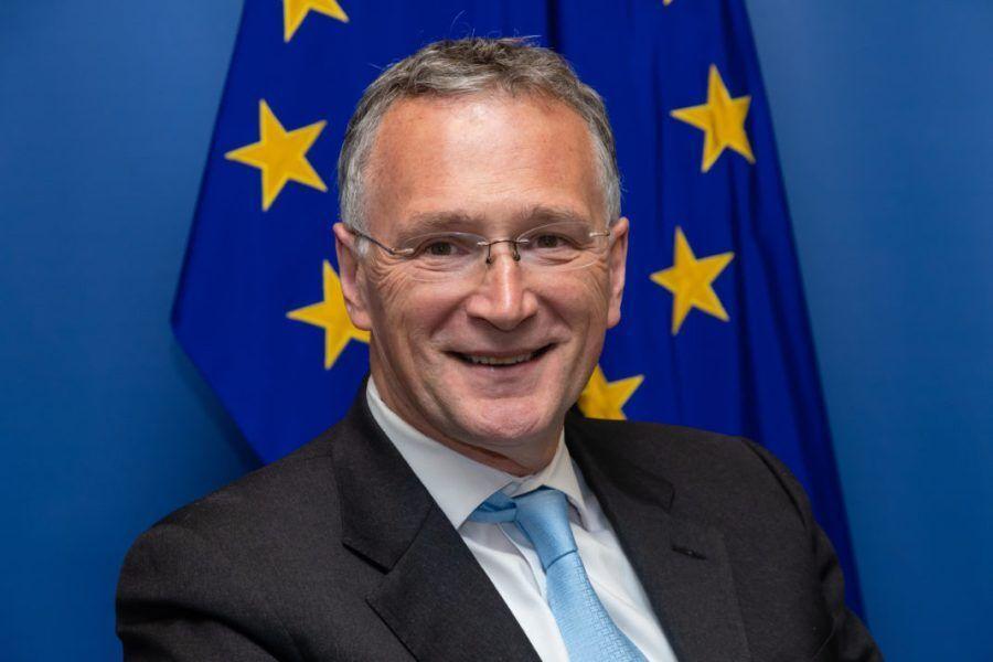 خبرنگاران استعفای مقام ارشد اروپایی در واکنش به ناکامی اروپا در مهار کرونا