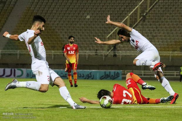 شکایت بازیکن کامرونی از باشگاه فولاد رد شد