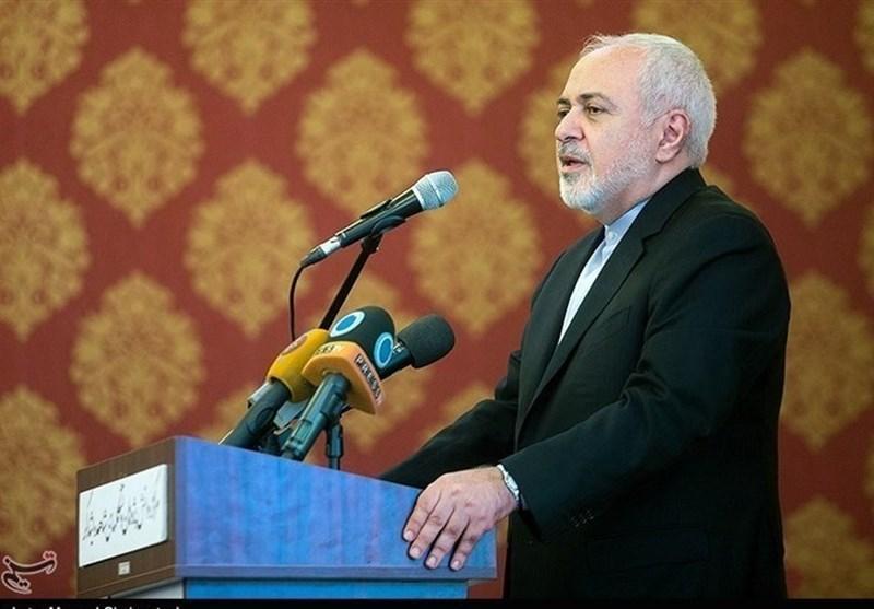 ظریف: آمریکا از روی استیصال موضع دبیرکل شورای همکاری خلیج فارس را اجماع منطقه ای می نامد