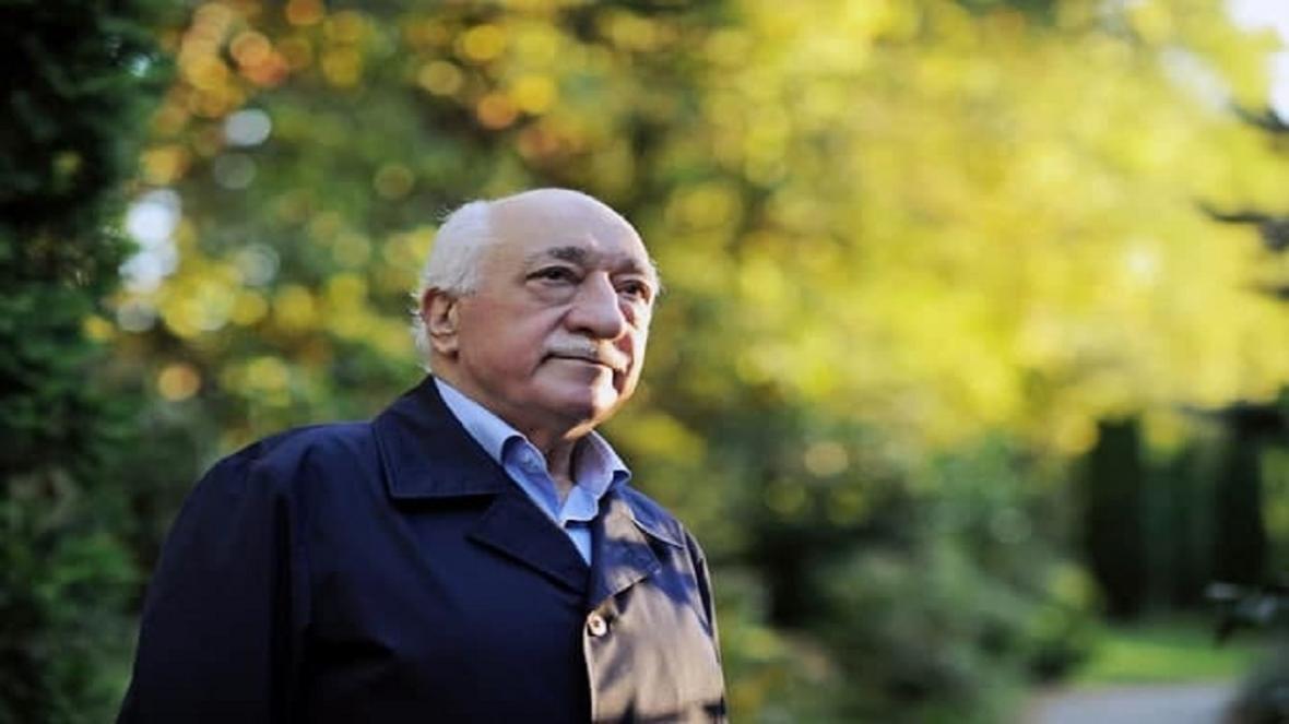 صدور حکم بازداشت 82 پرسنل نظامی مظنون به همکاری با گولن در ترکیه