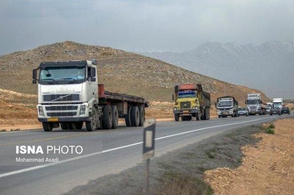 تردد خودروهای سنگین حمل بار از جاده ایلام - سرابله ممنوع شد