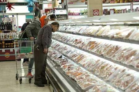 فروش مرغ تکه ای در بعضی مغازه ها