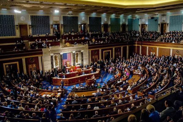 سناتورهای آمریکایی درباره تجارت با ایران هشدار دادند