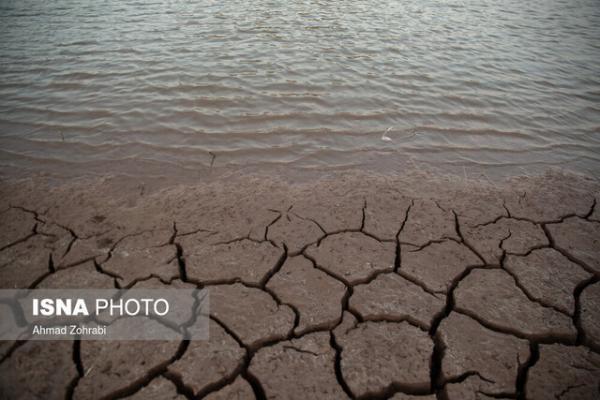 60 درصد ظرفیت سدهای کشور خالی است، مسئله تامین آب شرب شهرها و روستاها را دنبال می کنیم